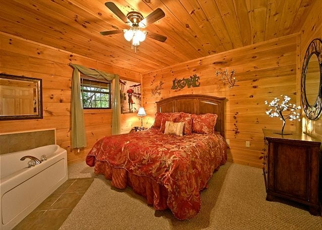 3 couples cabins in gatlinburg tn for the perfect romantic Gatlinburg Romantic Cabins