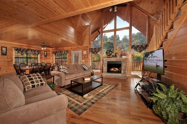 5 amenities that make our great smoky mountains cabins for Smoky Mountain Cabin