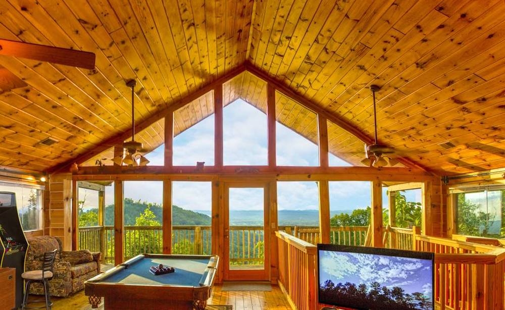 6 of the best 1 bedroom cabins in the smokies for your Gatlinburg Romantic Cabins