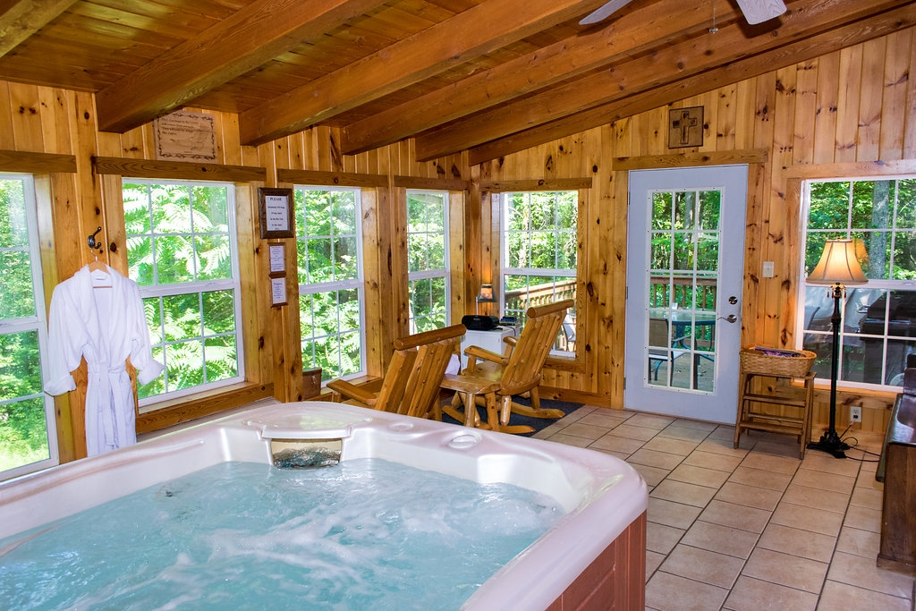 ash cabins hocking hills cottages and cabins Ohio Cabins With Hot Tubs