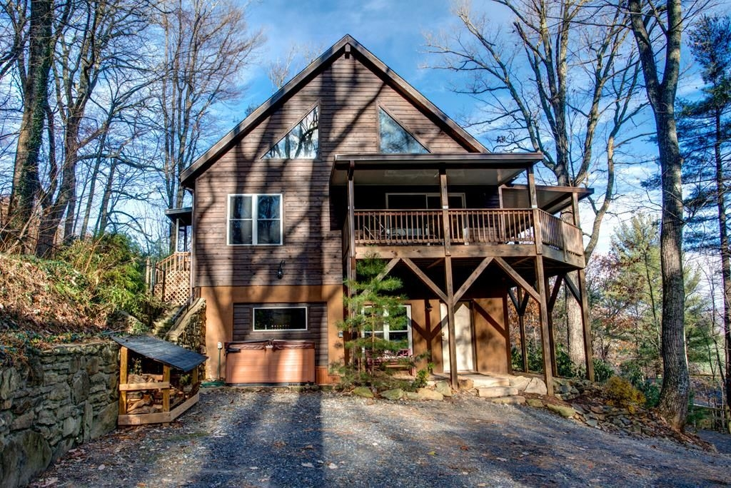 asheville cabin right on the doorstep of downtown asheville hot tub more asheville Ashville Nc Cabins