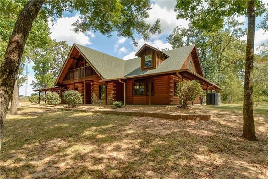 beautiful log home tucked into the woods of canton texas sleeps 20 canton Cabins In Canton Tx
