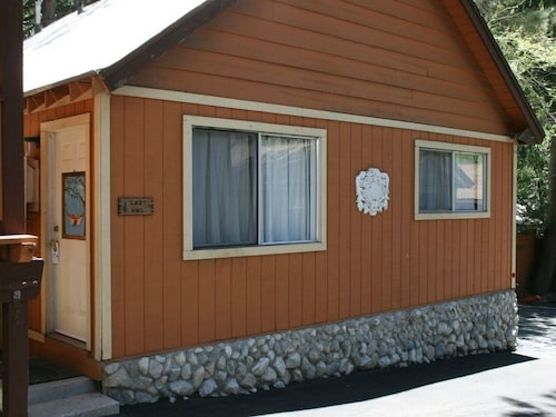 best cabins in wrightwood for 2019 find cheap 87 cabins Cabins In Wrightwood