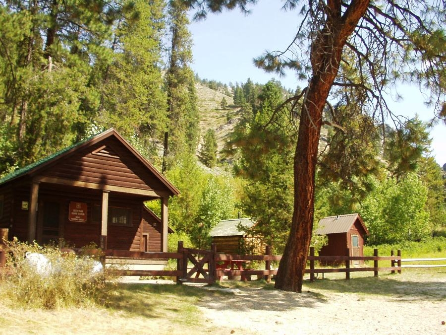 boise national forest camping cabinscabin rentals National Forest Cabins