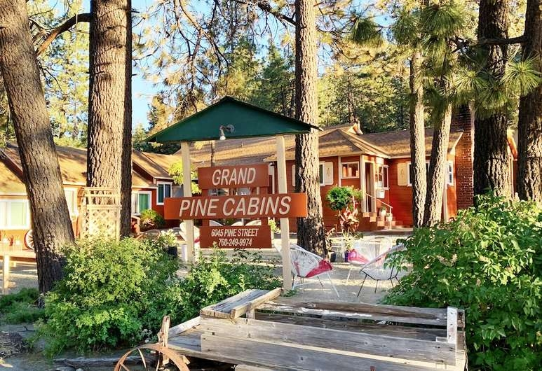 book grand pine cabins in wrightwood hotels Cabins In Wrightwood