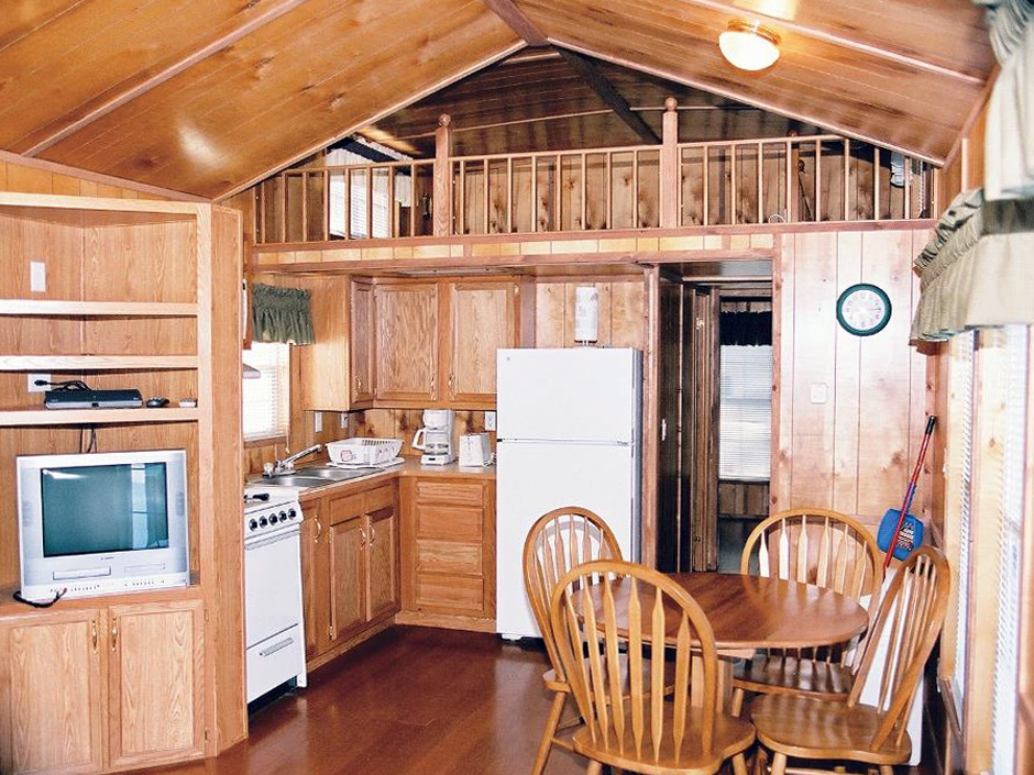 cabin rentals family vacation cabins rentals Jellystone Park Cabins