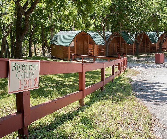 cabins and cottages at canyon lake and the guadalupe river Cabins Guadalupe River
