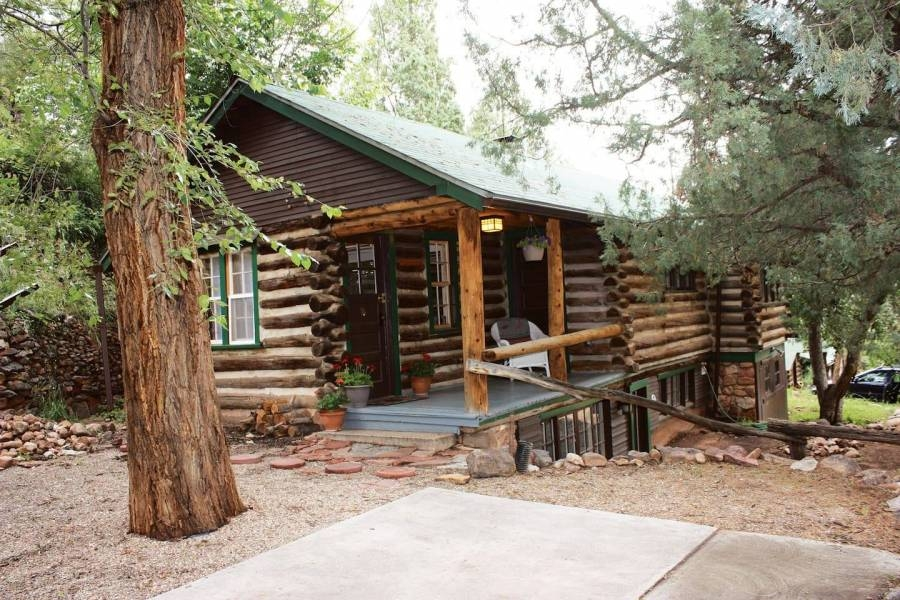 cabins and cottages in colorado springs visit colorado springs Pikes Peak Cabins