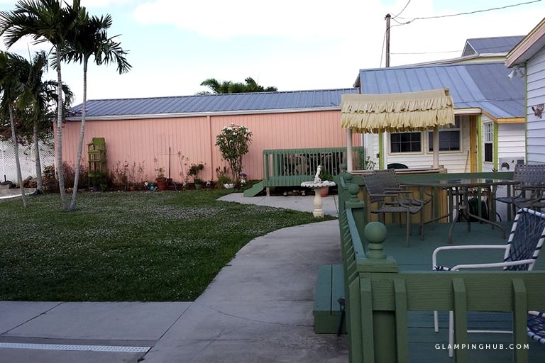 charming pet friendly waterfront rental near pine island in matlacha florida Pet Friendly Cabins In Florida