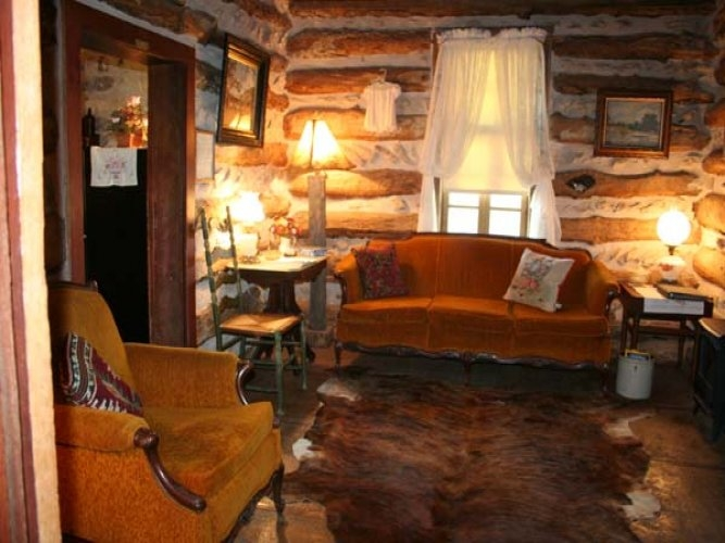 clear springs log cabin lodging in fredericksburg tx Log Cabins Fredericksburg Tx