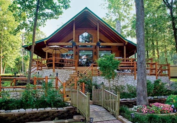 custom crafted lakefront log home Lake Front Cabins