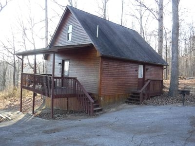 deluxe cabin 8 with jacuzzi tub located on patoka lake in southern indiana eckerty Paoli Peaks Cabins
