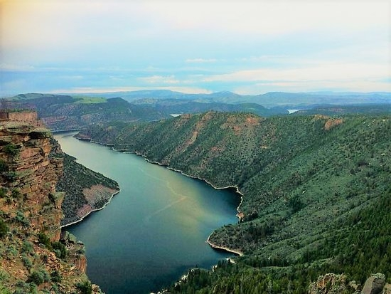 flaming gorge picture of red canyon lodge cabins dutch Flaming Gorge Cabins