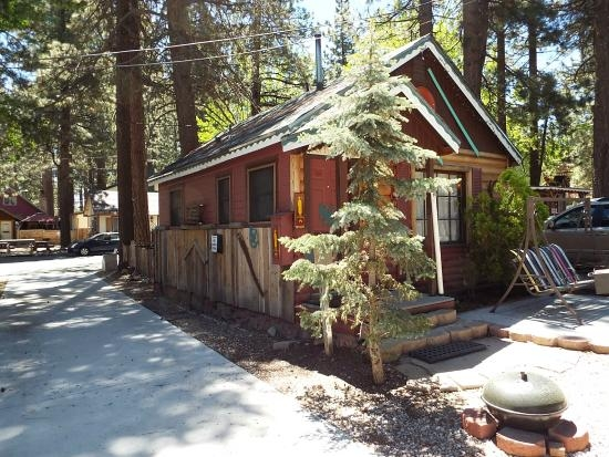 frontside of cabin picture of cabins4less big bear lake Big Bear Cabins 4 Less