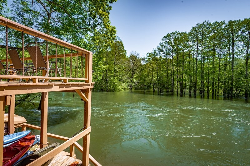 grandview at river top cabins waterfront with deck Mountain Fork River Cabins