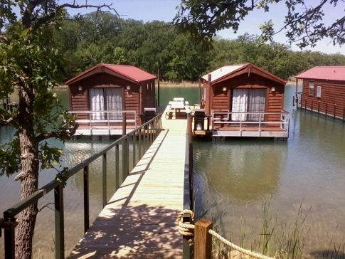 heres a way to have an awesome oklahoma lake experience be Lake Cabins Oklahoma