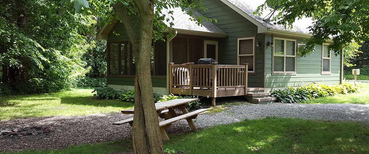 horns ferry hideaway experience peace quiet relaxation Romantic Cabins In Iowa