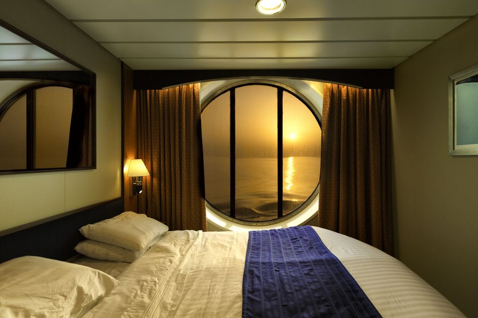 how to get a cabin upgrade on a cruise ship Cruise Ship Cabin