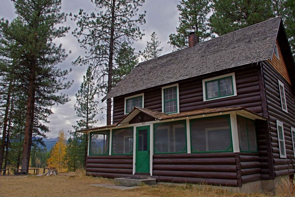king or queen of the mountain how to stay at a forest Montana Forest Service Cabins