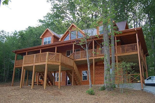 lake chatuge vacation and cabin rentals young harris and Cabins In Hiawassee Ga