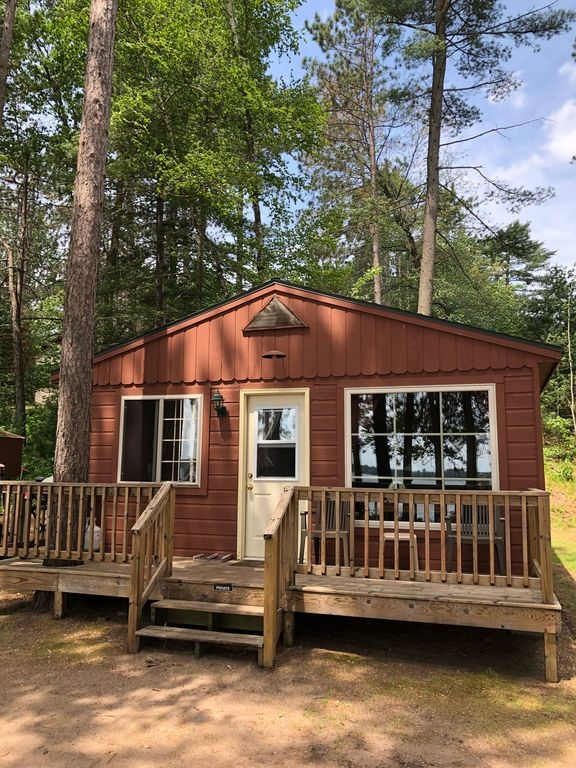 lake front cottage 2 bdrm on clear lake tomahawk Lake Front Cabins
