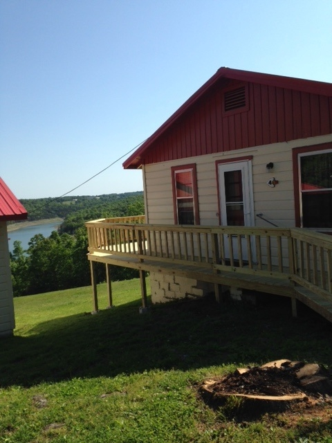 lake view cabin 4 red arrow resort accommodations on Bull Shoals Lake Cabins