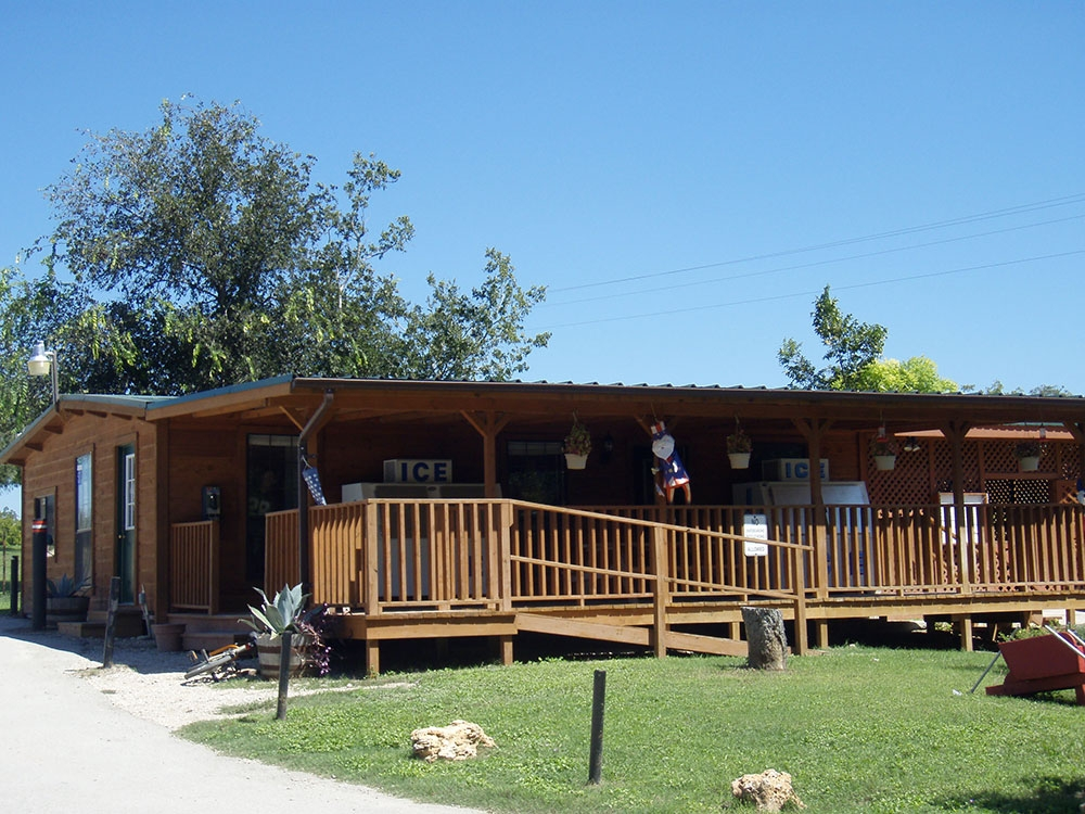 leisure resort photo gallery Cabins In San Marcos Tx