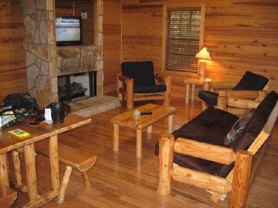 living room picture of noccalula falls park campground Noccalula Falls Cabins
