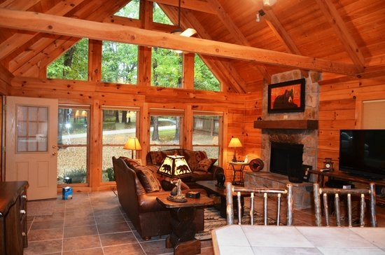 located in the woods picture of amazing branson rentals Amazing Branson Cabins