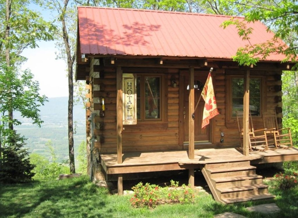 log cabin in the clouds with a million dollar view hot tub close to downtown chattanooga Chattanooga Cabins