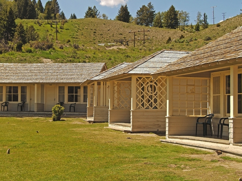 Permalink to Elegant Mammoth Hot Springs Hotel And Cabins Gallery