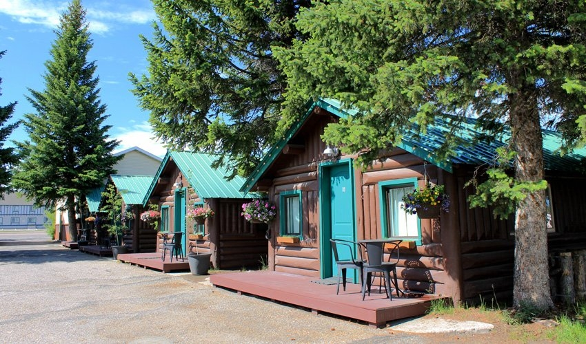 moose creek cabin west yellowstone cabins moose creek inn Moose Creek Cabins West Yellowstone