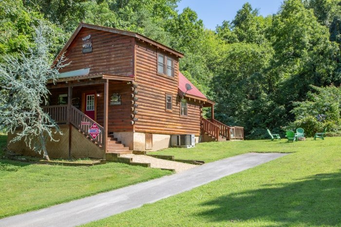moose lake lodge video walk through Pet Friendly Cabins In Sevierville Tn