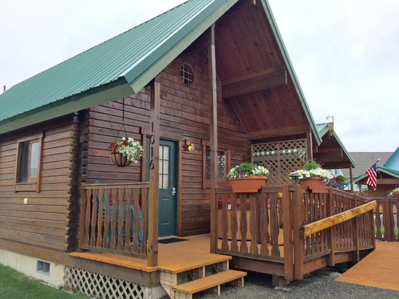 moss landing a beautiful log cabin nestled close to surf and Ocean Shores Cabins