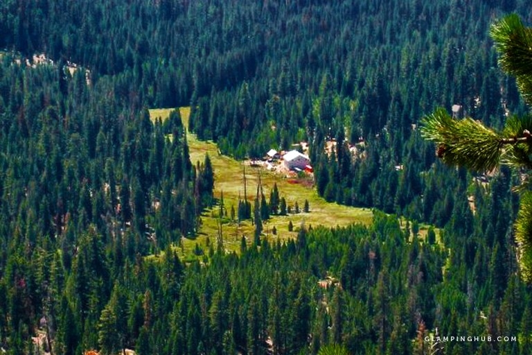 peacefully secluded cabin surrounded sequoia national forest in ponderosa california Sequoia National Forest Cabins