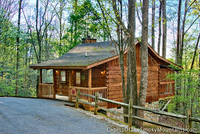 pigeon forge cabin seclusion cabin 1 bedroom sleeps 2 Gatlinburg Secluded Cabins