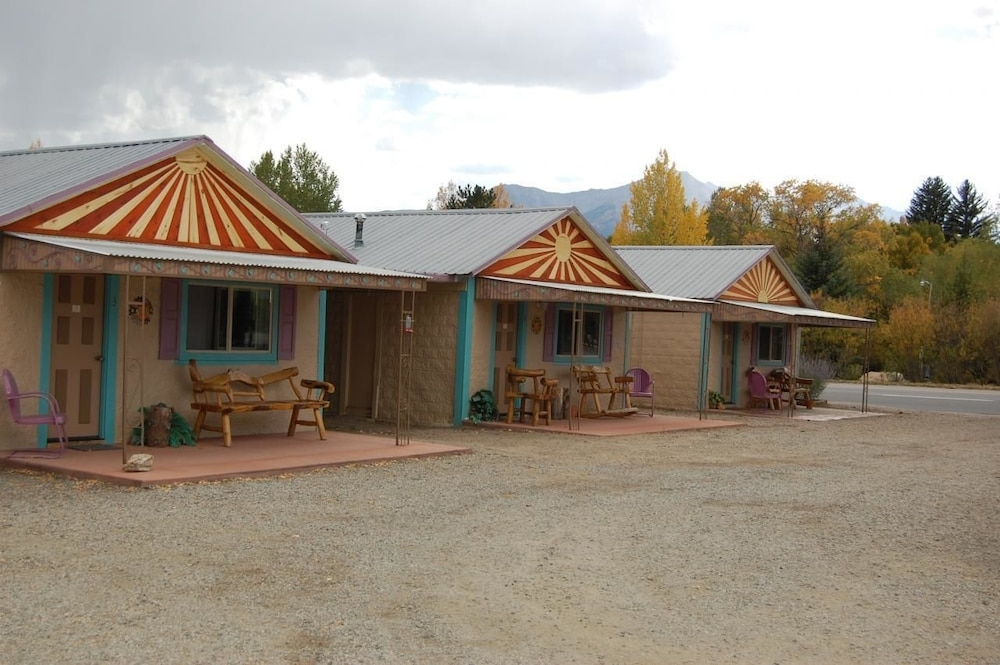 pinon court cabins in buena vista hotel rates reviews on Pinon Court Cabins