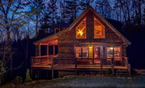 red apple cabin atop the blue ridge mountains of ga spa Blue Ridge Mountains Cabin