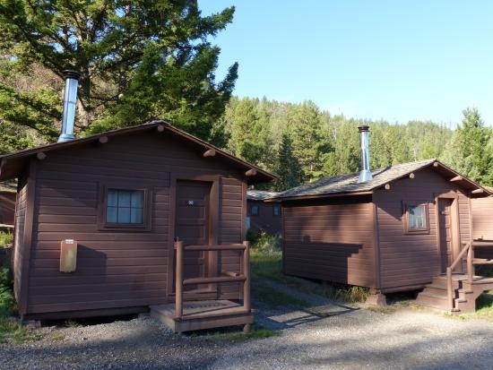 roosevelt lodge cabins pioneer cabins w stove picture of Roosevelt Cabins Yellowstone