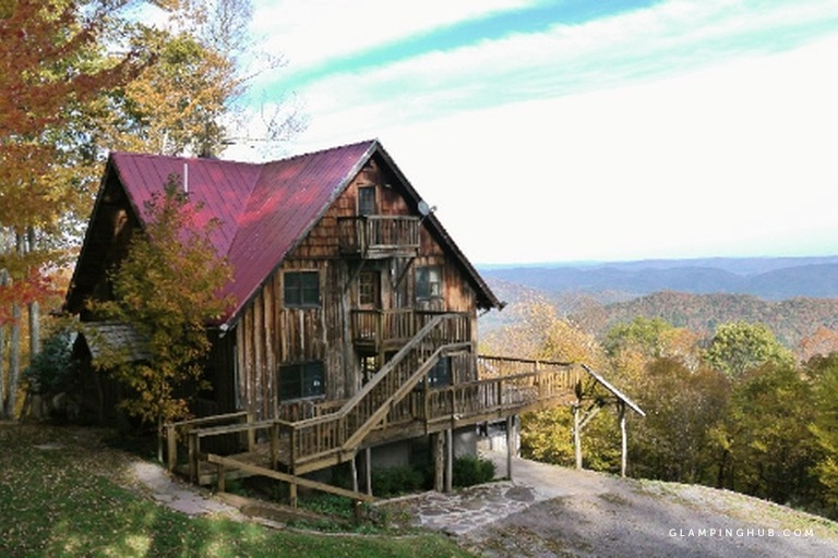 secluded cabin rental with hot tub on cranberry mountain in west virginia Cabins West Virginia