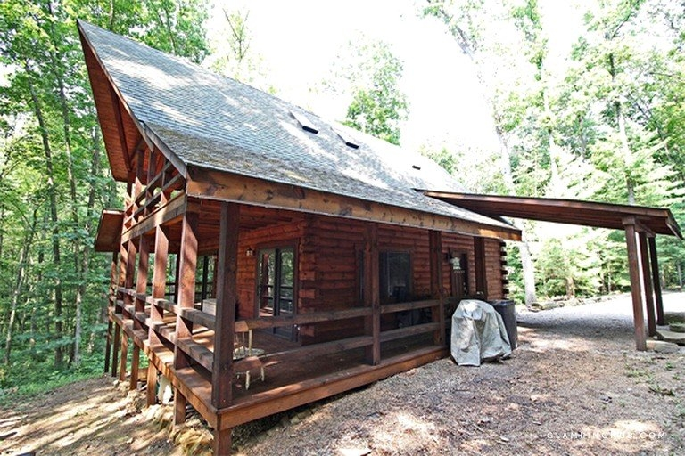 secluded log cabin with a private hot tub near lake logan ohio Secluded Cabins In Ohio