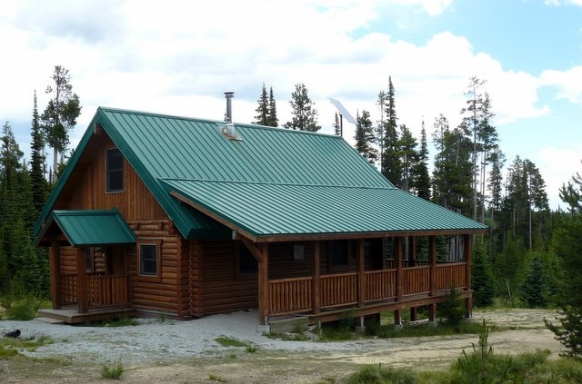 somewhere in the middle of western montana forest service Montana Forest Service Cabins