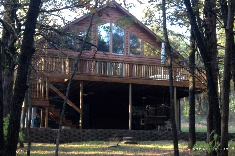 spacious lakefront camping cabin with private dock near petit jean state park arkansas Petit Jean State Park Cabins