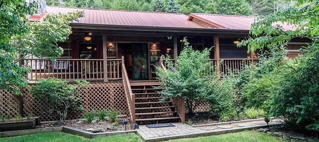 valle crucis log cabin rentals north carolina cabin rentals Pet Friendly Cabins In Boone Nc