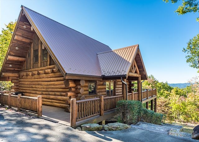 visit cherokee nc while staying with aunt bugs cabin rentals Grandview Cabins Cherokee Nc