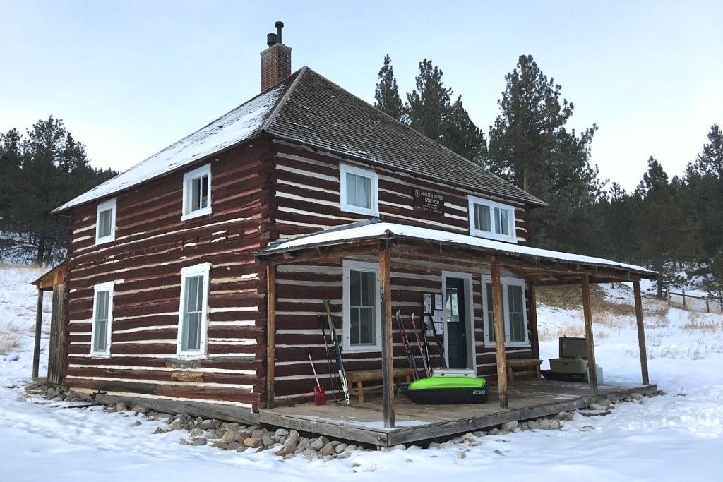 why you should rent a cabin in the woods near me forest Montana Forest Service Cabins