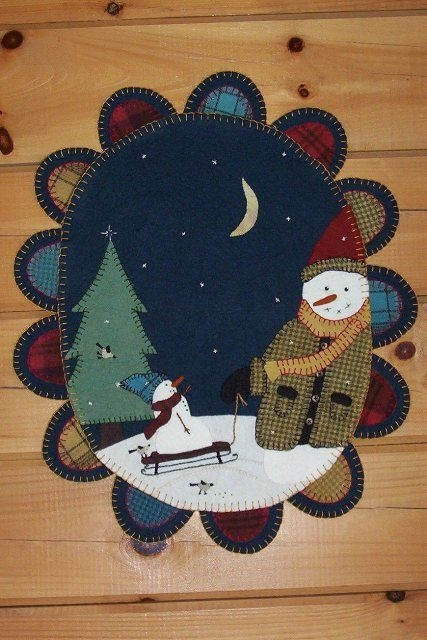 winterberry cabin hand dyed felted rug hooking wool wool Winterberry Cabin
