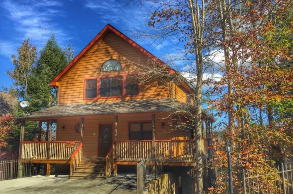 4 reasons to stay in our 4 bedroom cabins in gatlinburg 4 Bedroom Cabins In Gatlinburg