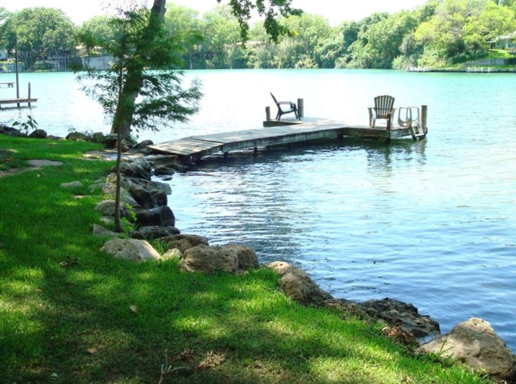 cabin on the lake in beautiful new braunfels texas bnb daily New Braunfels Tx Cabins
