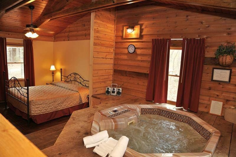 one of the cabins from forest hills mountain resort in Cabins Dahlonega Ga